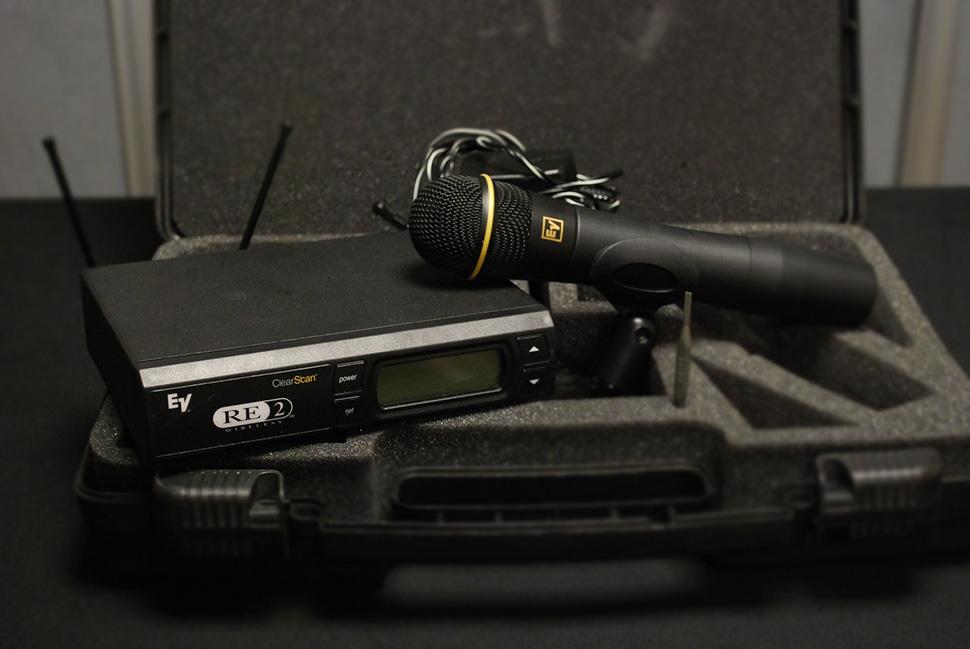 Electro Voice RE-2 میکروفن بیسیم