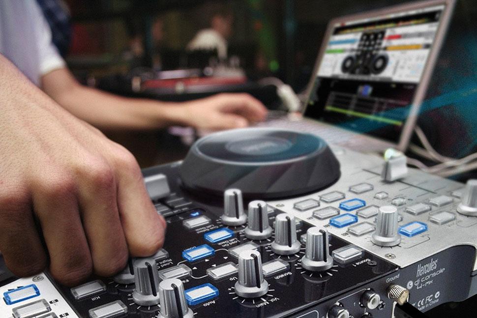 Hercules DJ Console 4-Mx White دی جی کنترلر